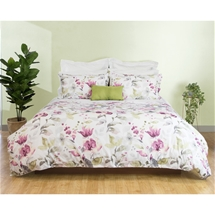 Claudine Bedding
