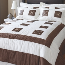 Clarissa Bedding