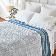 Sofia Soft Leaf Blanket